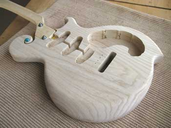Guitar-body Ash2piece